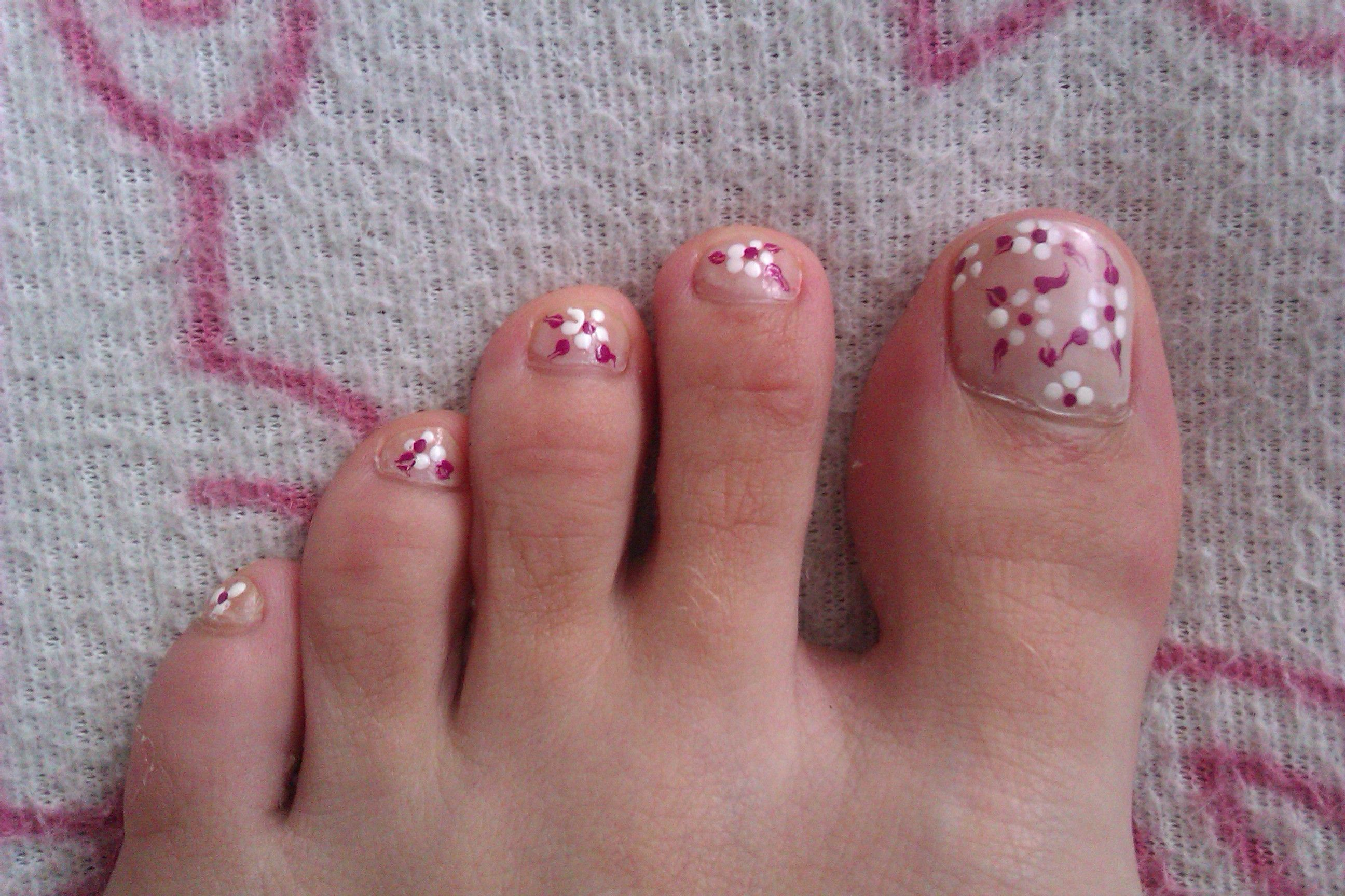 little flower nails at home