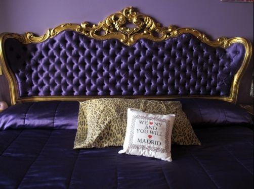 Cabecero de la cama de la casa de alaska y mario estilo - Cuadros casa alaska y mario ...