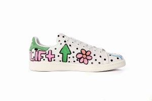 hot sale online ae7a7 a6a1c adidas Stan Smiths customisées par Pharrell Williams   colette