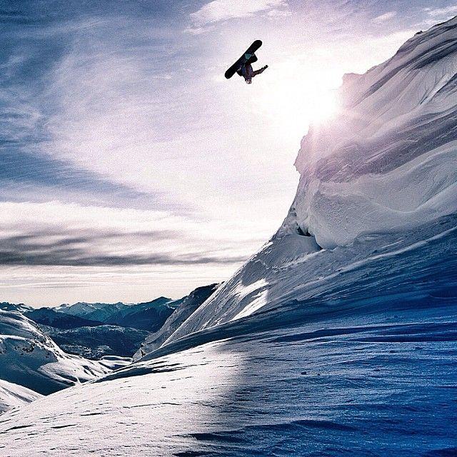 Serious air  #snowboarding #snow