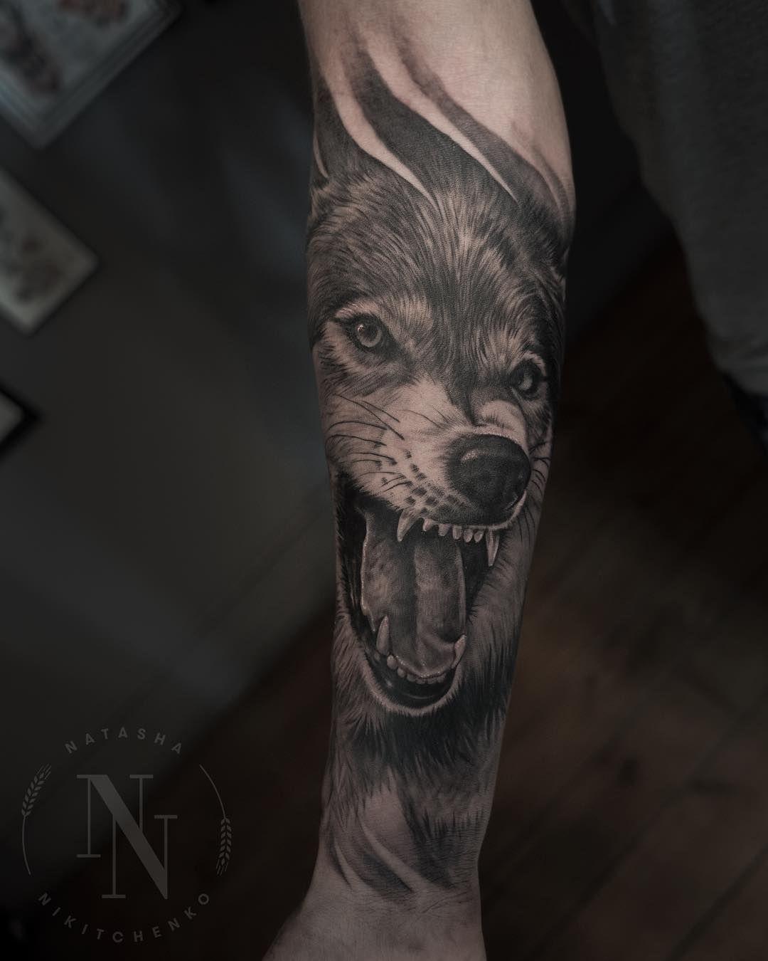 40 Traditional Wolf Tattoo Ideas September 2020 Wolf Tattoos Wolf Tattoo Tattoos