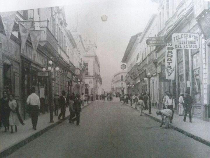 Calle Enriquez en el ano 1900, Xalapa, Ver.