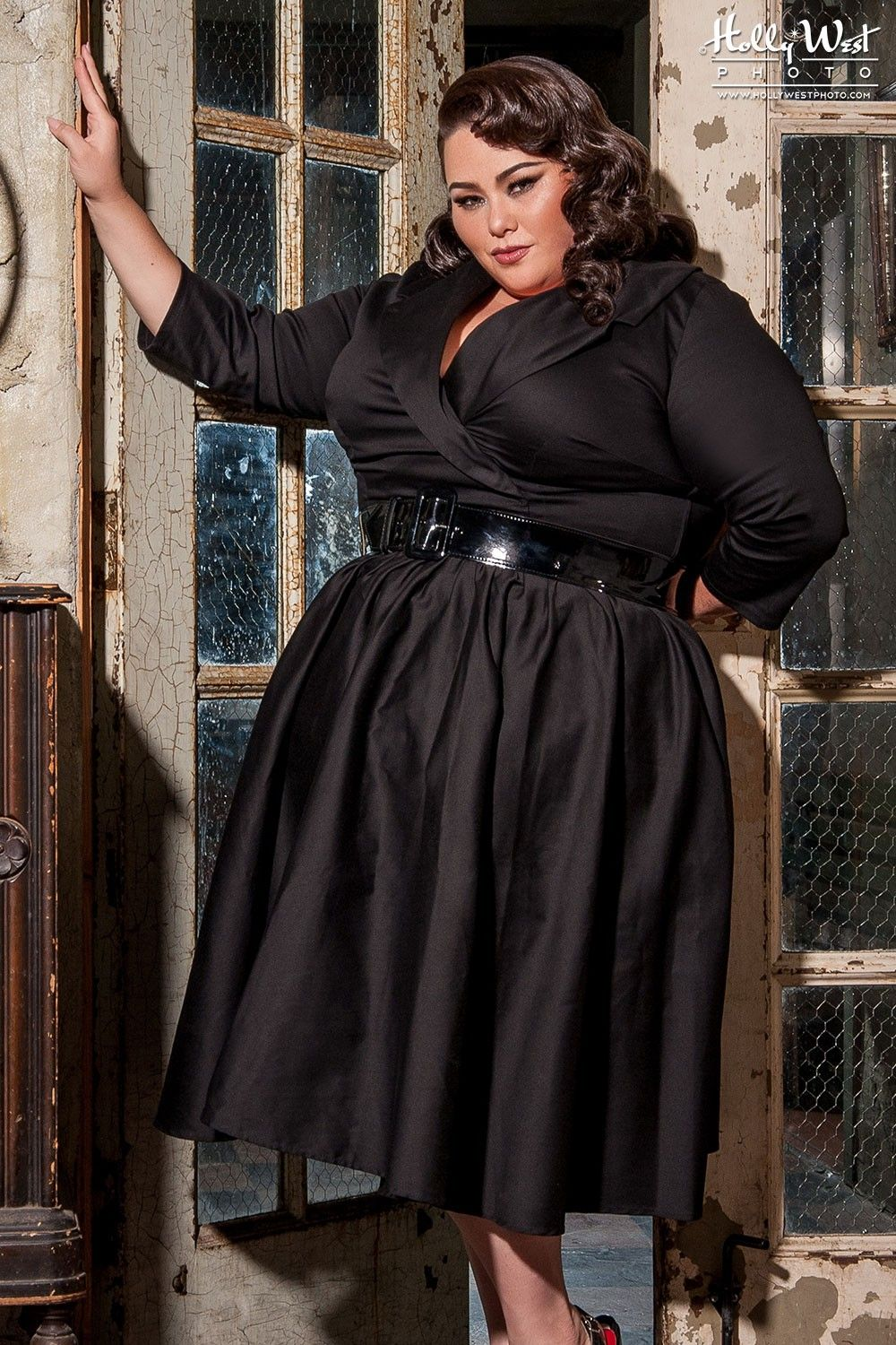 Pin-up girl dresses for plus size girls