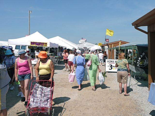 Amish Country Flea Market Shipshewana Auctiona Nd Indiana Weekly May To October 8 5 Roxmately 100 Dealers