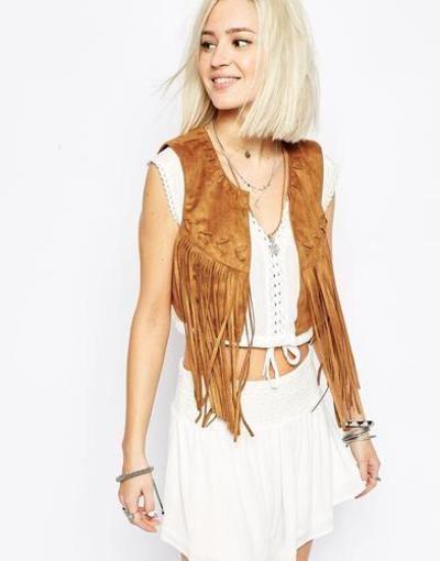 Vero Moda Chaleco corto con flecos Tostado #vest #covetme #Vero Moda