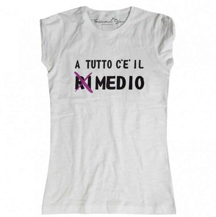 4af01002254f07 La maglietta con scritta a tutto c'è il medio, ironica, cinica e ...