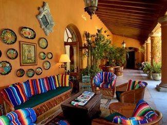 Cushions for terrace decor ideas for the house for Decoracion colonial mexicana