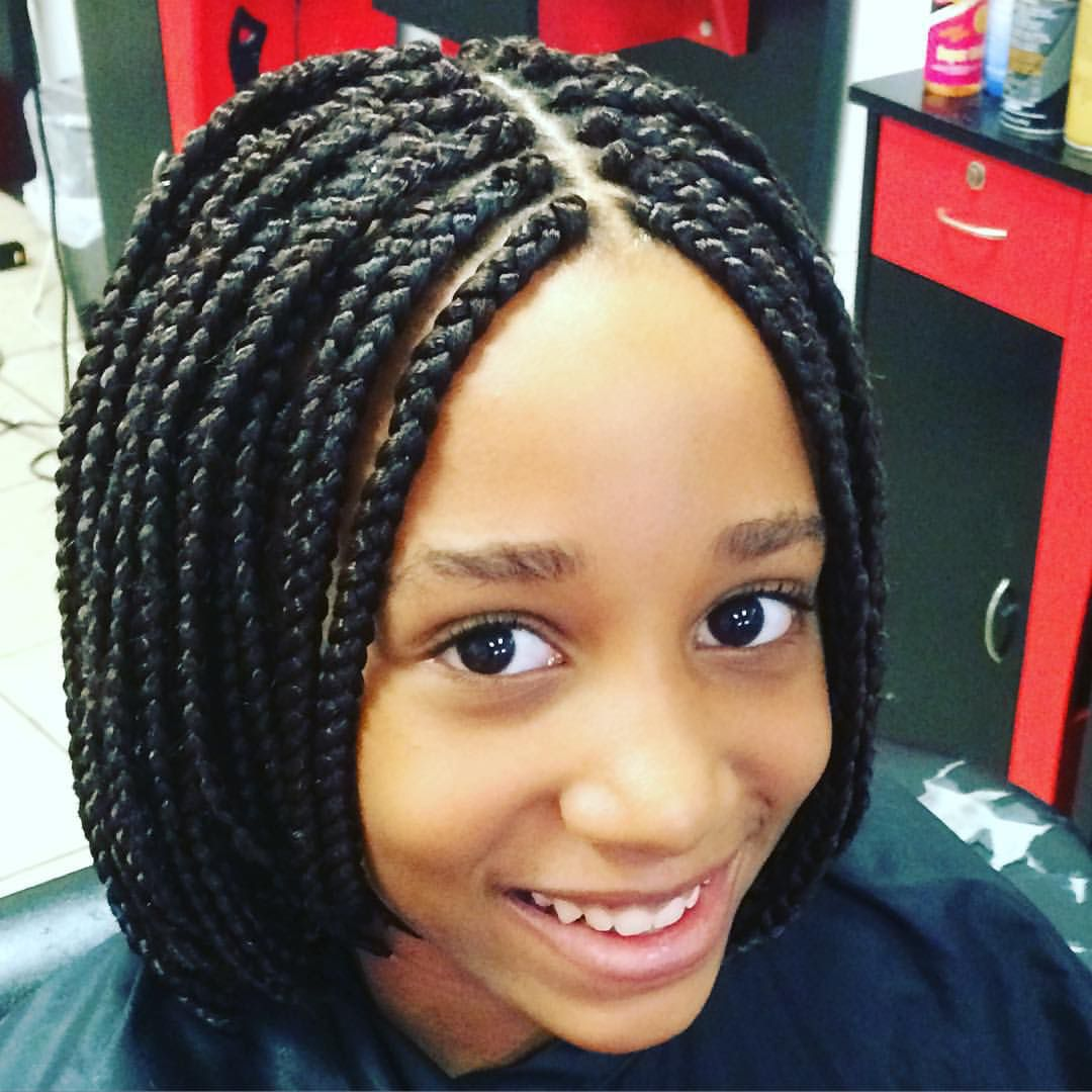 Short bobb braids