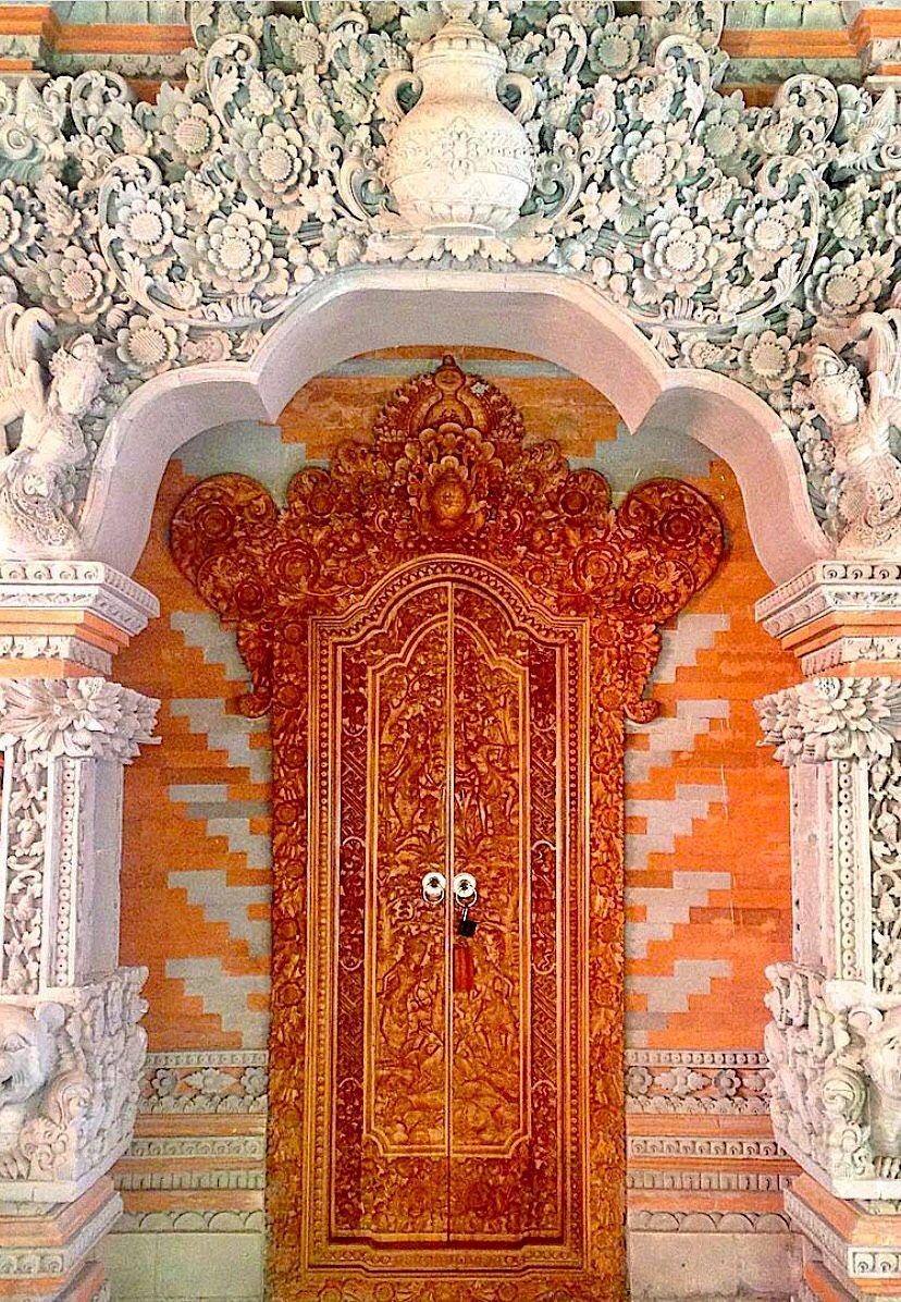 Porta Finestra Ingresso Casa ubud, bali, indonesia | finestra, porte finestre, porte colorate