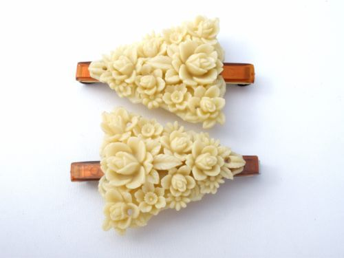 Vintage-Pair-of-Celluloid-Barrettes-Hair-Accessory-Carved-Roses-Floral-Jewelry