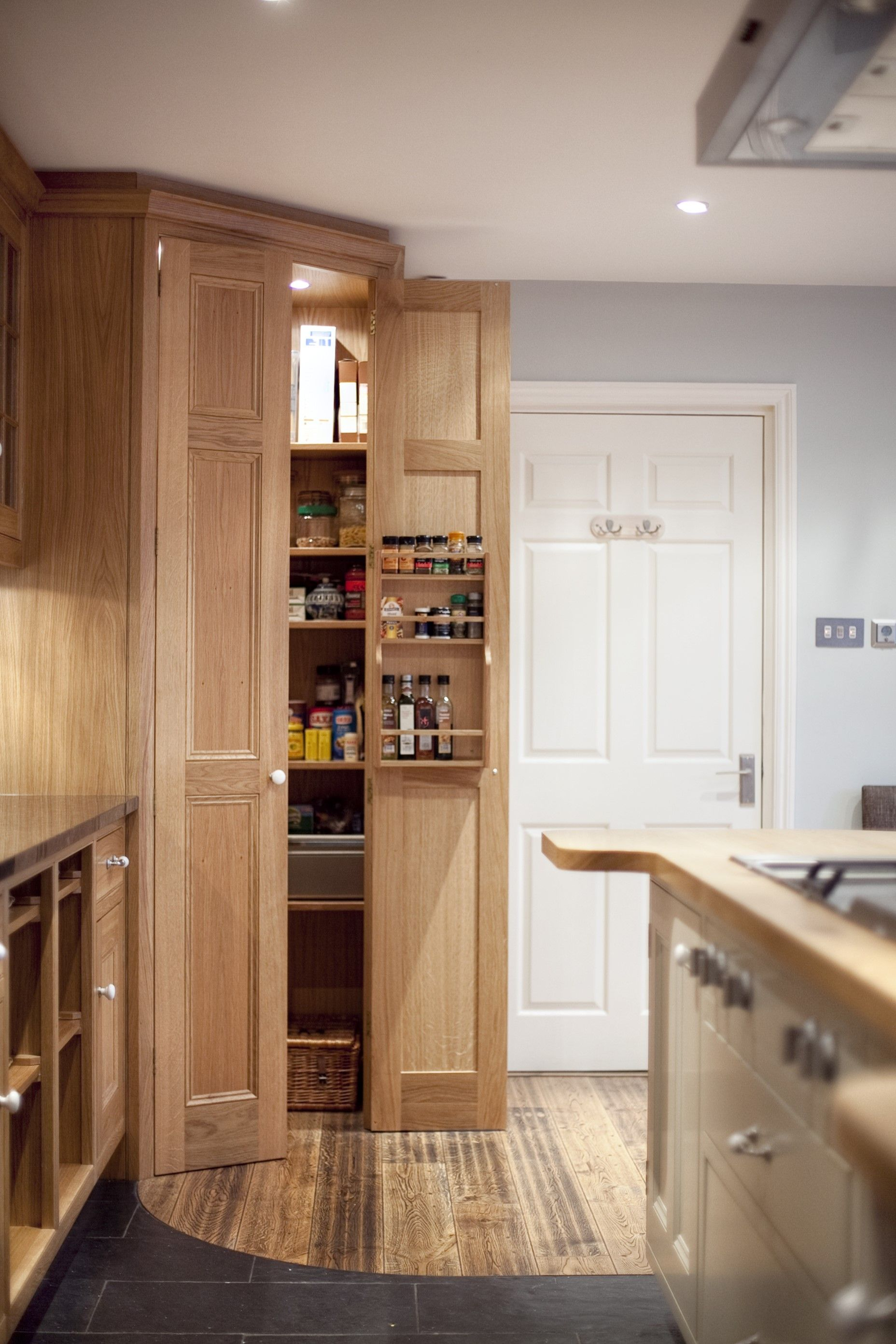 Small Kitchen Corner Pantry Ideas   Novocom.top