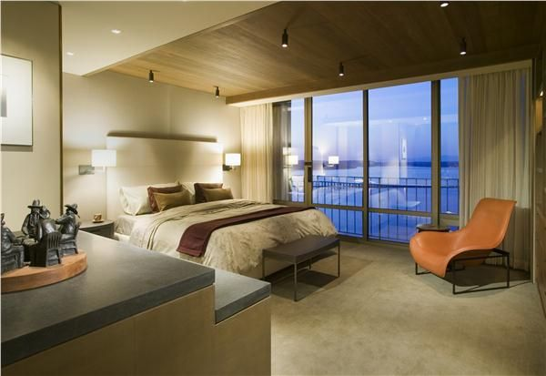 Contemporary (Modern, Retro) Bedroom by Garret Werner