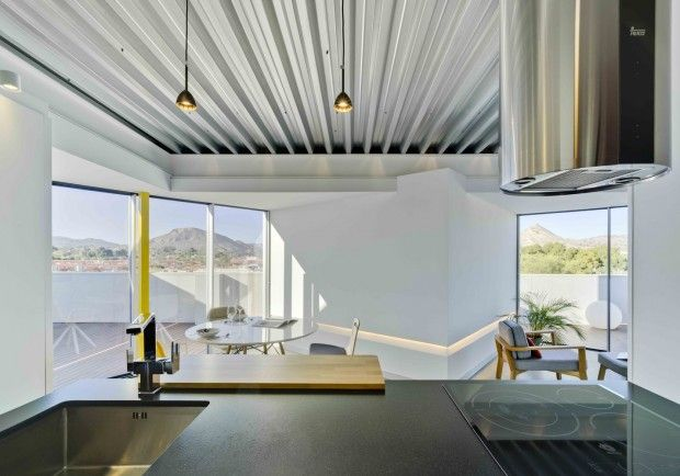 2l attic appartement de 62 m2 avec terrasse à alicante espagne par la errería