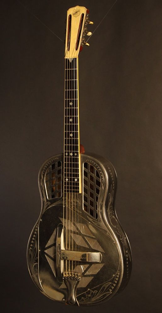 Catch Of The Day Circa 1930 National Style 3 Tricone Fretboard Journal Guitar Resonator Guitar Lap Steel