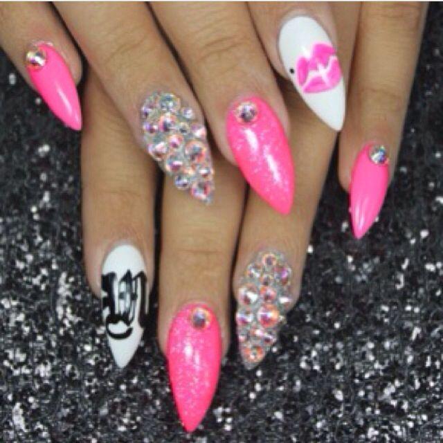 25 Trending Barbie Nail Games Ideas On Pinterest: Nail Art Stiletto Nails Pink Barbie