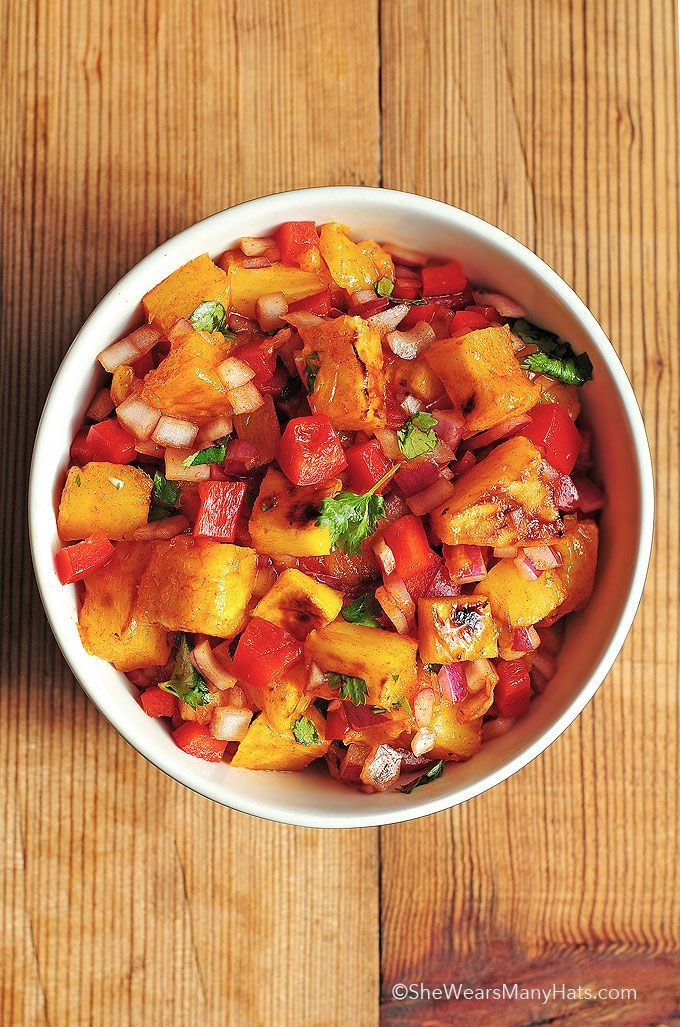 Grilled Pineapple Mango Salsa Recipe | shewearsmanyhats.com