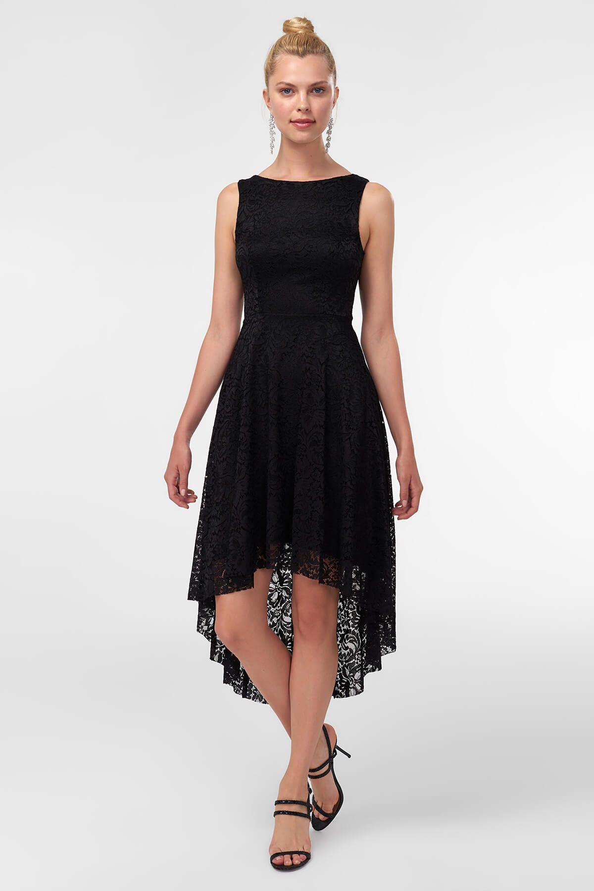 Siyah Dantel Detayli Abiye Elbise Tprss18yl0005 Trendyolmilla Trendyol Elbise Kiyafet Elbise Modelleri
