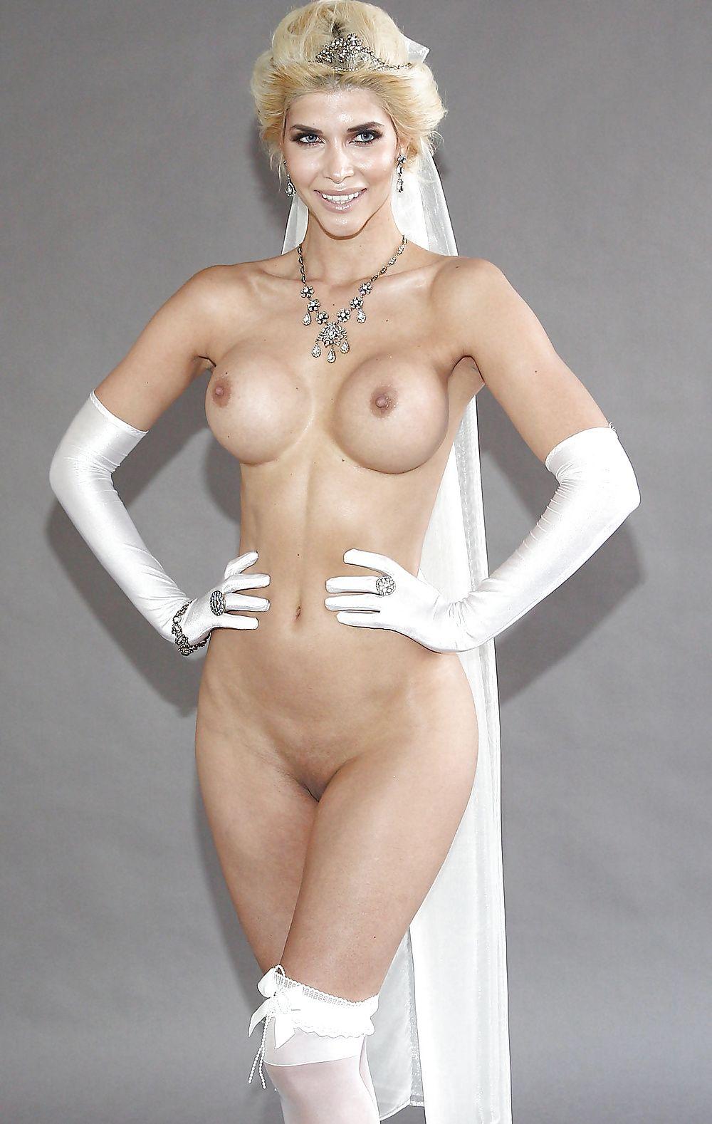 Nackt nude promis Galerie >