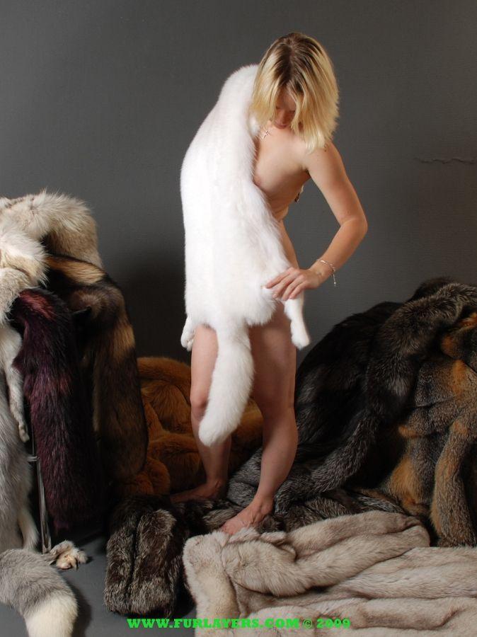 Fur fetish xxx cum inside teen pussy halle