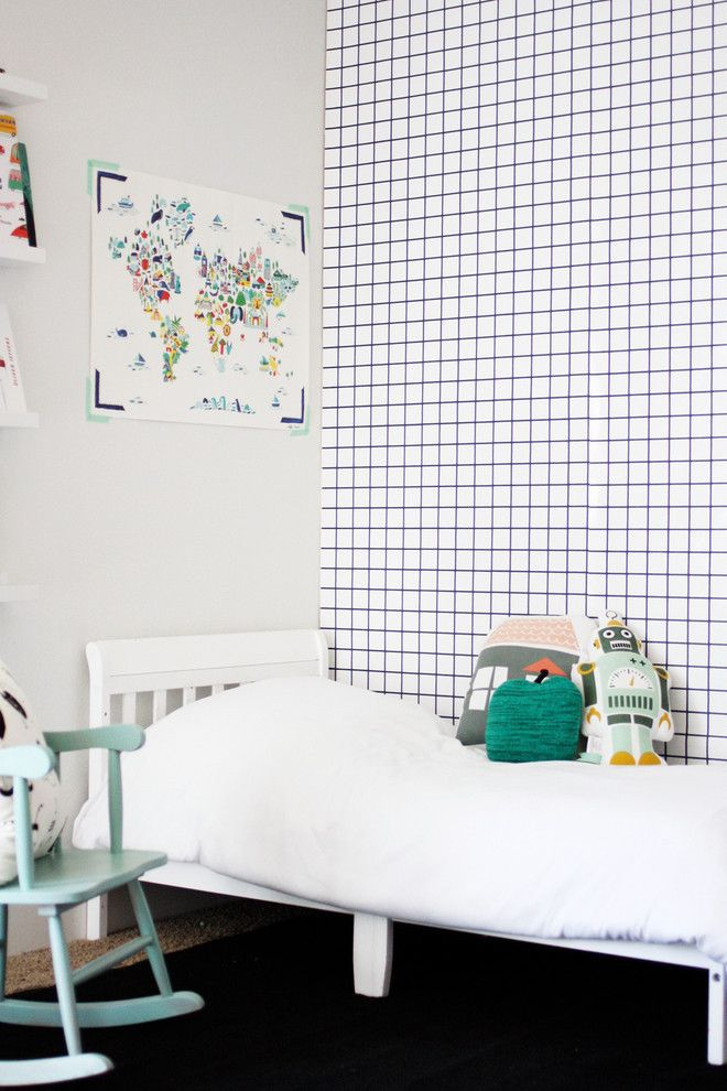 If you love wallpaper but find the choice out there a bit overwhelming, we've got just the wallpaper for you. This Scandinavian inspired grid wallpaper is minimal yet makes a huge statement.  http://petitandsmall.com/scandinavian-grid-wallpaper/