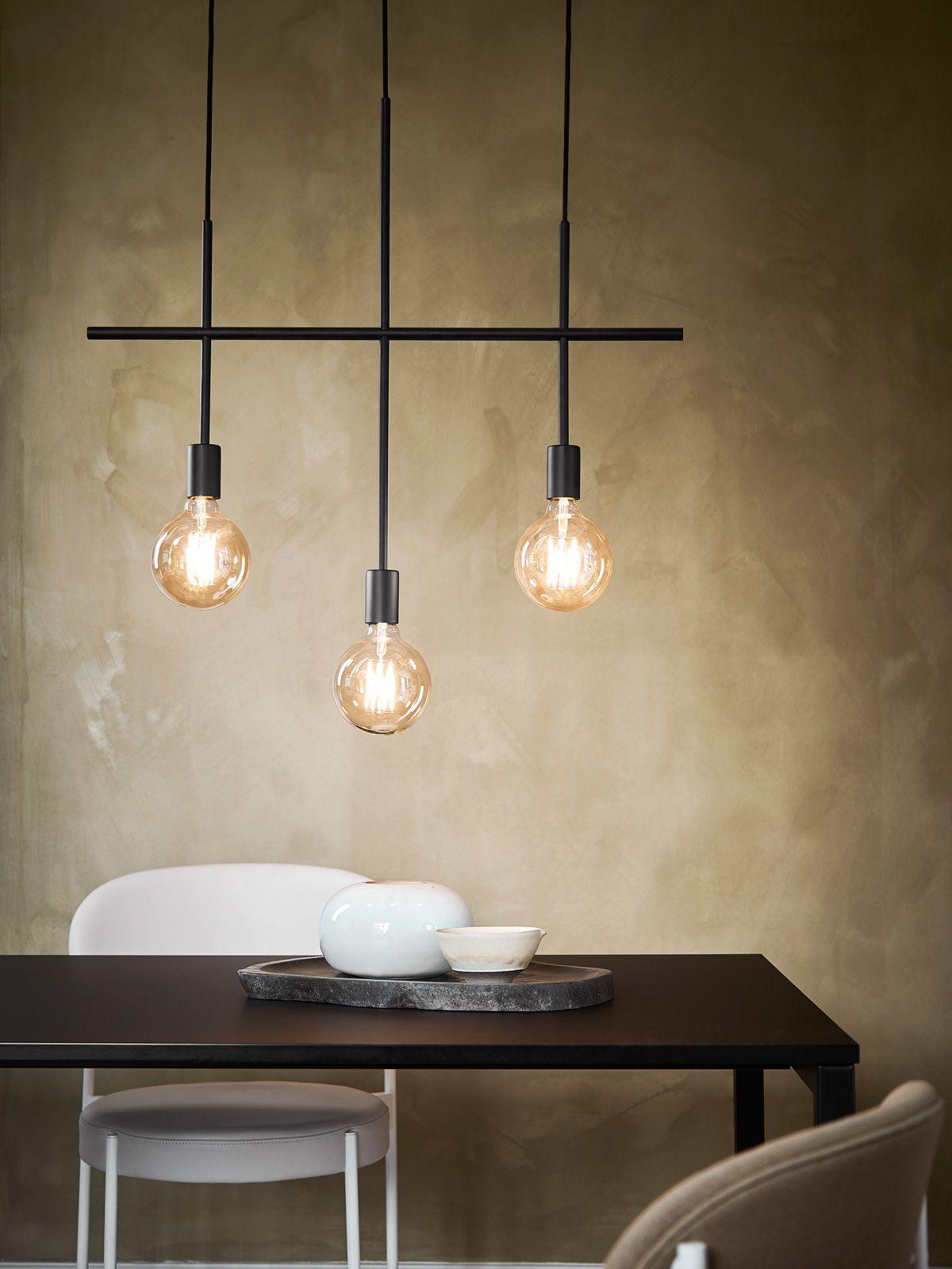 Neue Leuchten Fur Den Esstisch Designort Com In 2020 Lampe Esstisch Hangelampe Esstisch Esstisch Beleuchtung