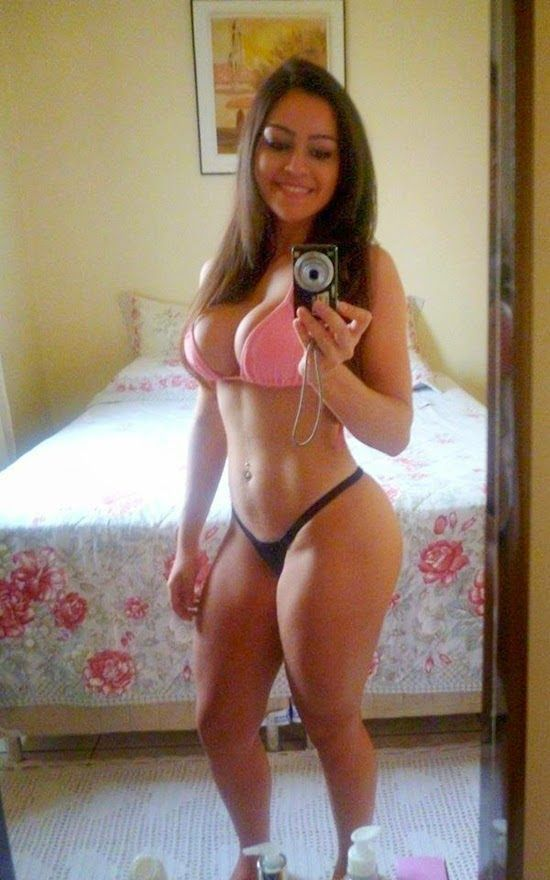 Squats and situps | Hot Girls In Bikinis
