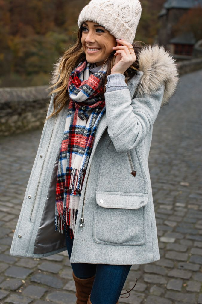 25 Pretty Winter Outfits to Try this Year | The Crafting Nook