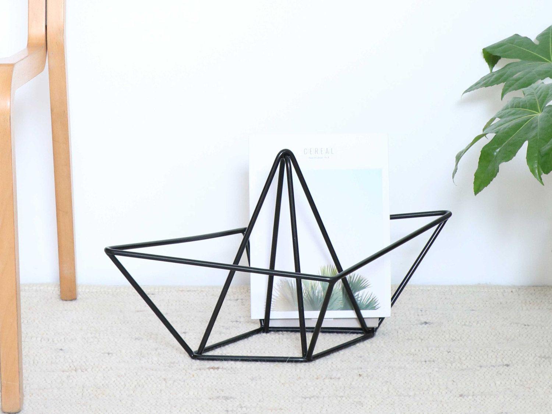 zeitungsst nder magazinst nder snug ahoy gro designobjekt erinnerst du dich noch daran zur ck. Black Bedroom Furniture Sets. Home Design Ideas
