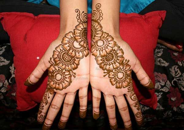 Mehndi Designs For One Hands : 16 amazingly easy mehndi designs for hands and feet