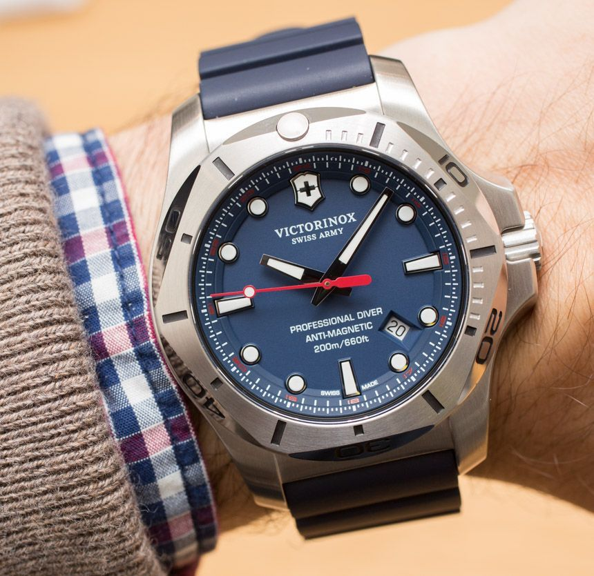 Victorinox Swiss Army INOX Professional Diver Watch Hands-On - by Ariel  Adams - see 1b62c1a191b