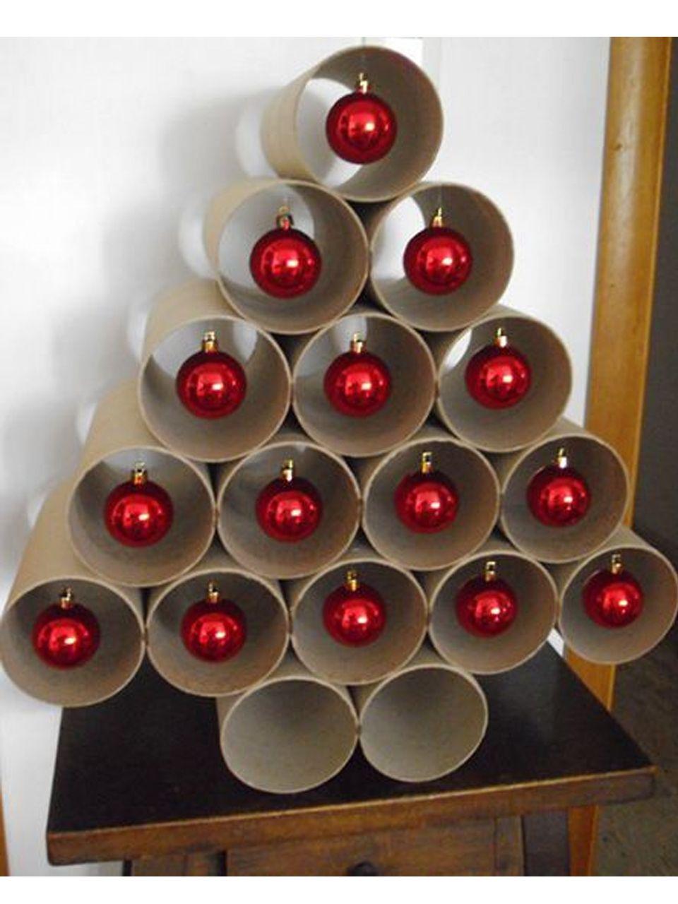 11 Divertidos Ejemplos De Decoracion Navidena Reciclada Ideas - Adornos-de-navidad-reciclados-como-hacerlos