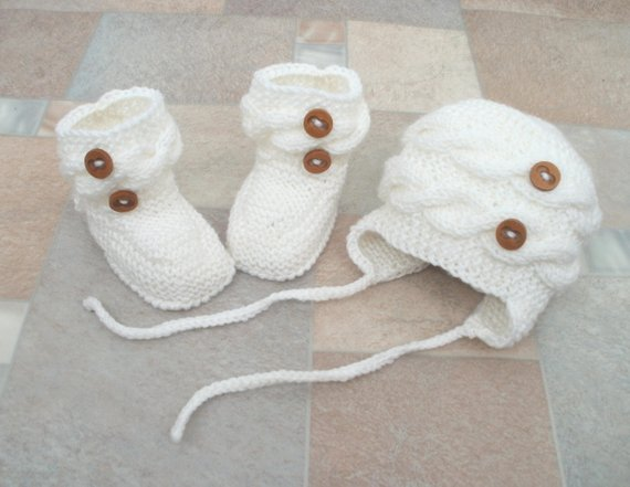 baby boy hat and booties a1622bd6f2a