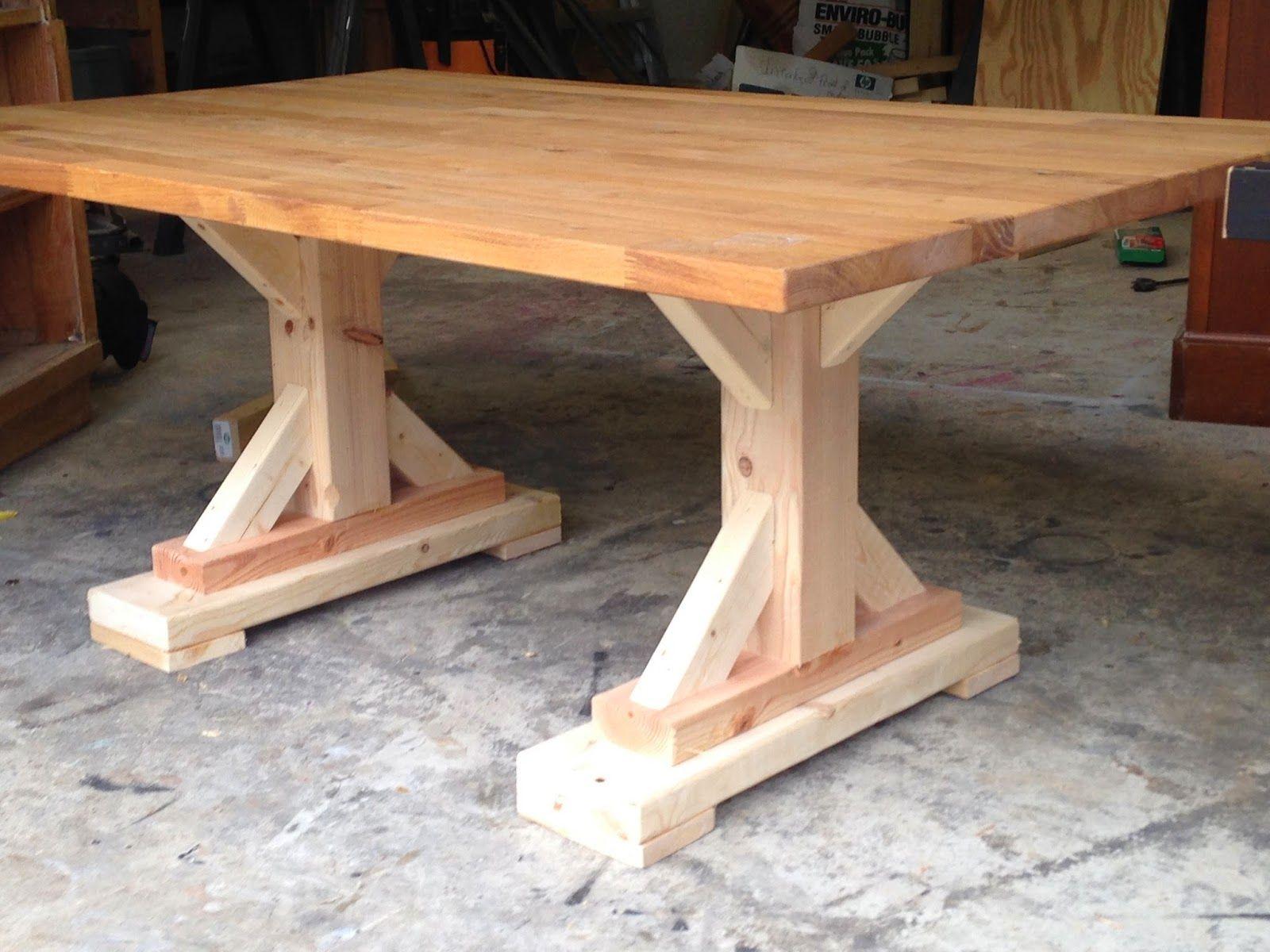 Lipstick And Sawdust: Farmhouse Coffee Table Tutorial