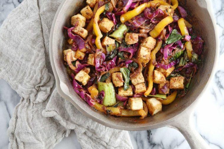 Gustoso Esempio Per Come Cucinare Il Tofu Insieme Alle Verdure