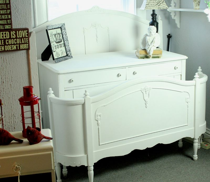White bedroom set makeover with Annie Sloan paint White bedroom