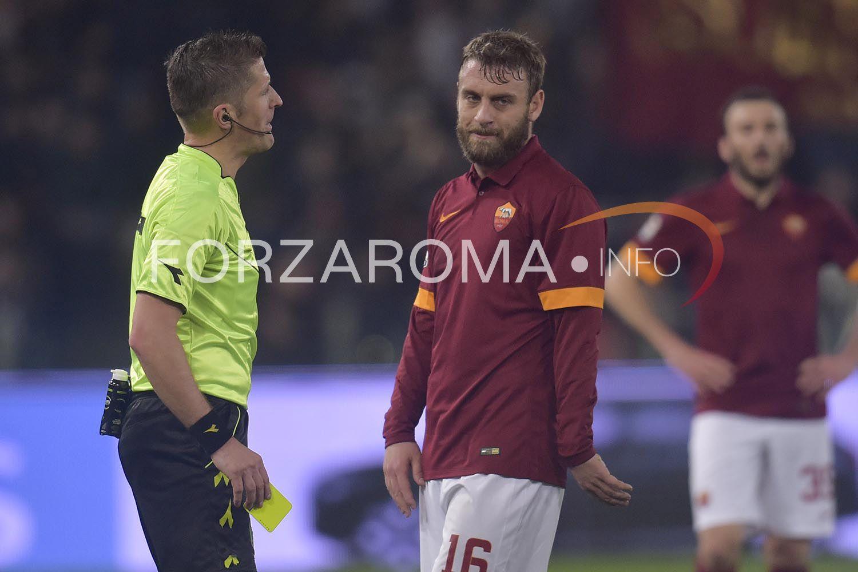 Termini La Roma In Partenza Per Firenze Foto Gallery Calcio Foto Notizie