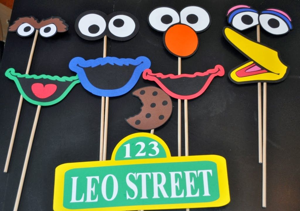 R + R Creations: sesame street photo booth props | Olivia\'s Board ...