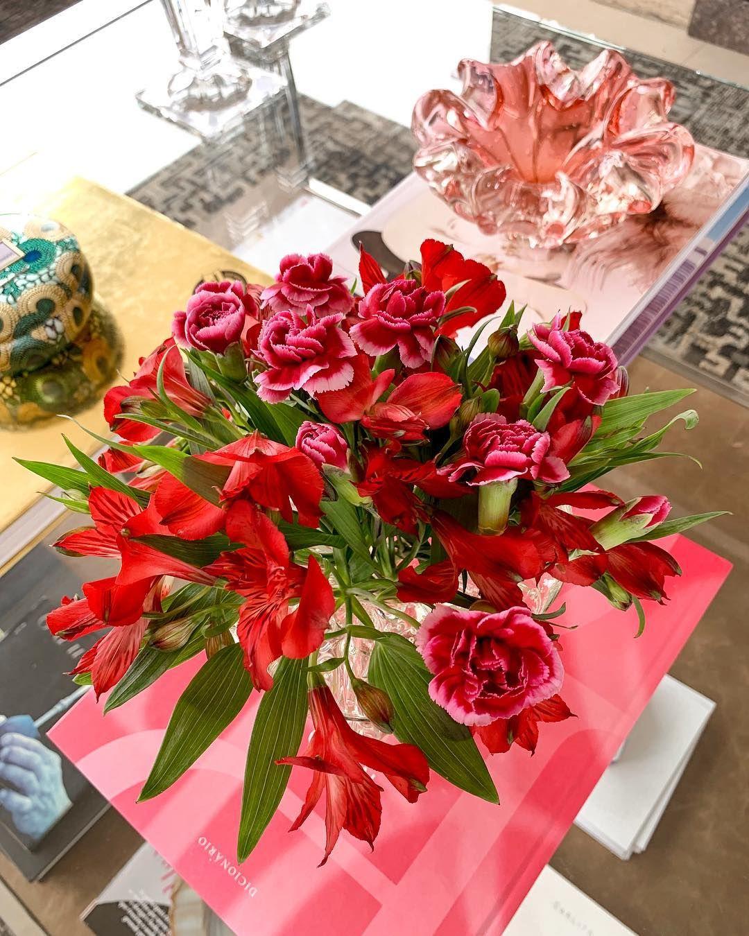 Que nunca nos falte flor, nem amor! Entrega de flores