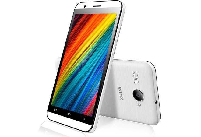 Intex Aqua Young Smartphones to come with Preloaded