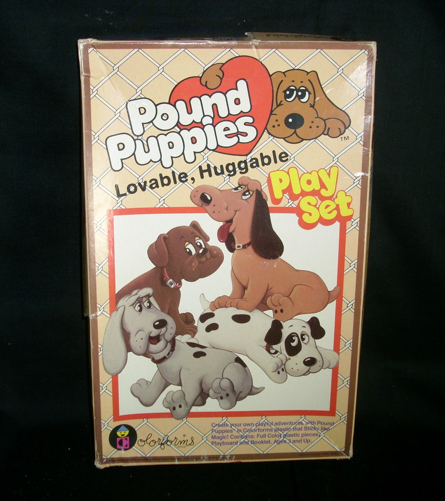 VINTAGE 1980s POUND PUPPIES PUPPY COLORFORMS PLAY SET