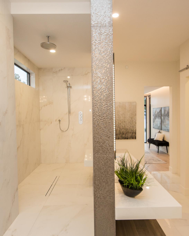 Ensuite Bathroom Walk Through Shower Room Walk Through Shower Bathroom Design Luxury Shower Room
