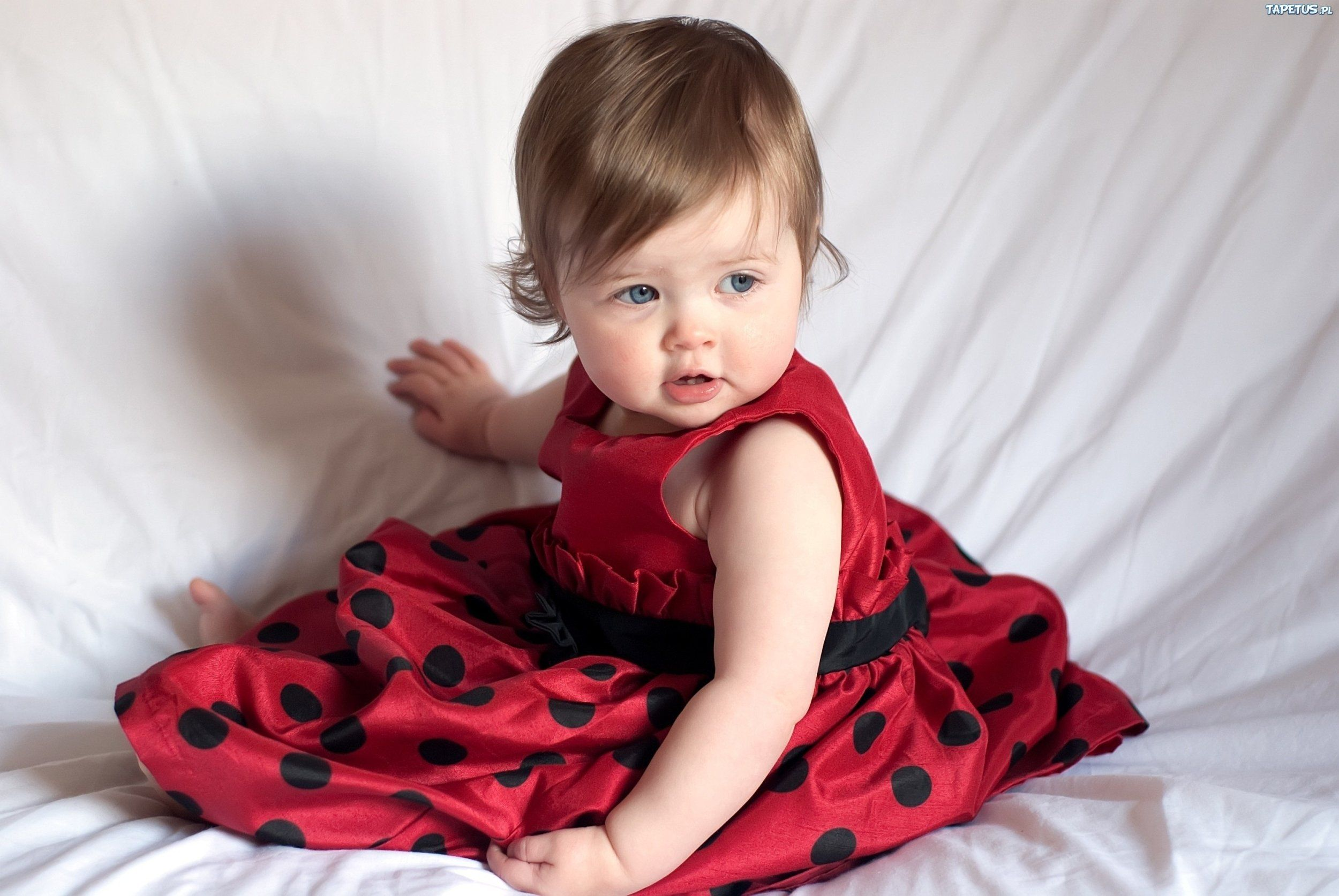 Images In Red Little Girl In Red Dress 2500 X 1673 Download