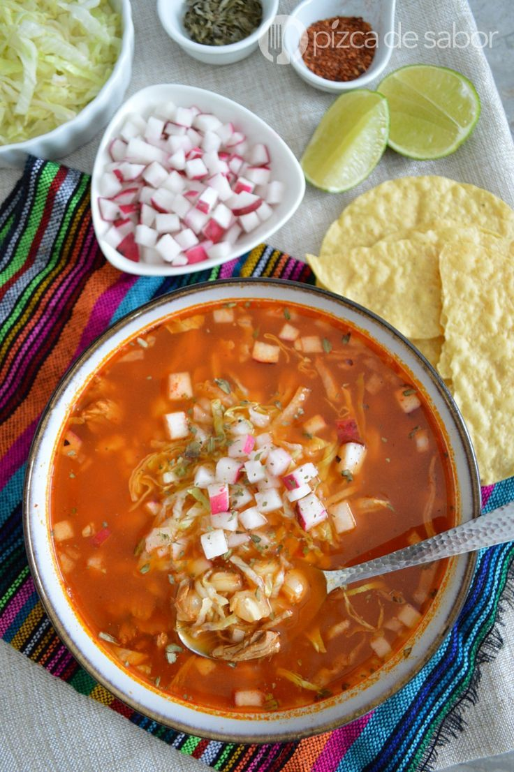 how to make mexican pozole rojo
