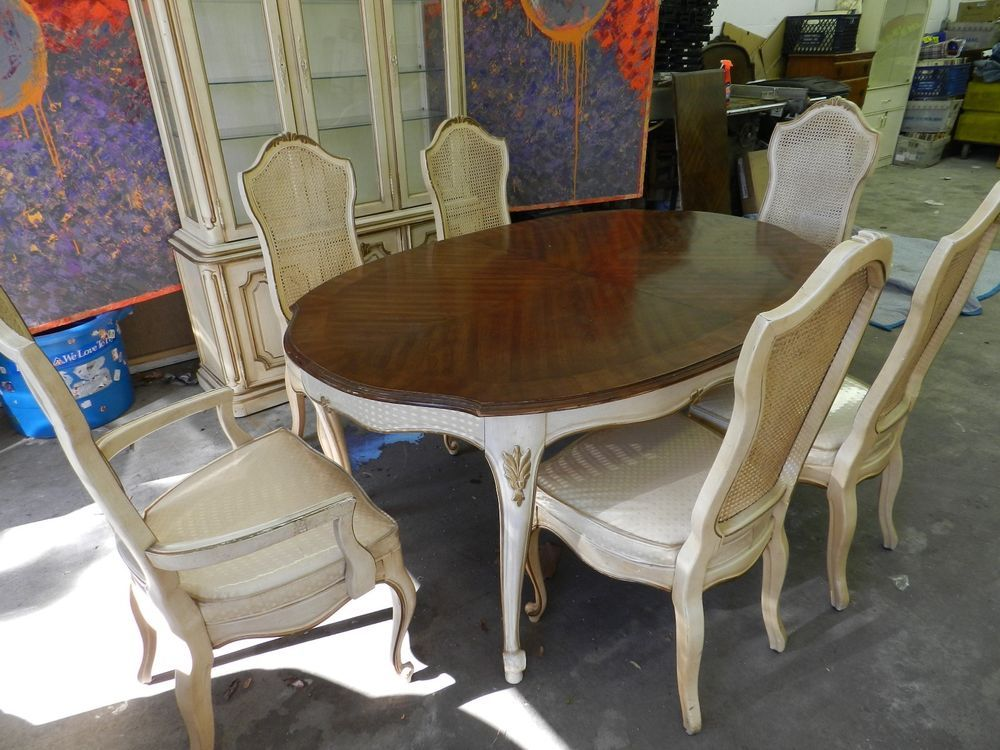Drexel Heritage Dining Room Set French Provencial 6 Chairs China Cabinet Drexelheritage Contemporary
