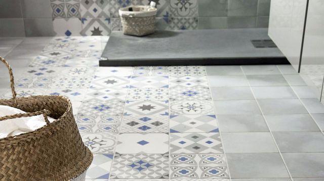 Sol salle de bains  carrelage, carreaux de ciment, parquet House