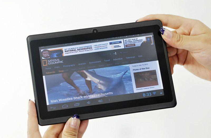 Barato de 7 pulgadas Android 4.2 Tablet con una resolución de 800x480 y 4 GB de memoria interna es exactamente lo que necesita para una tableta de tamaño adecuado.