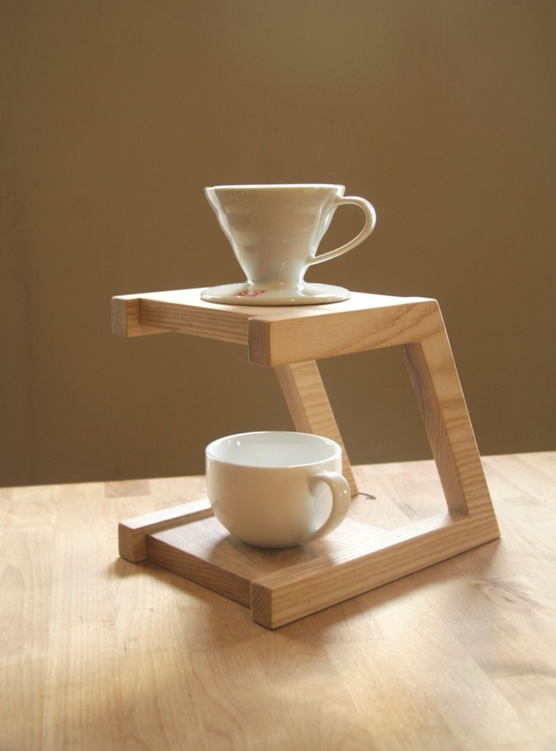 Pour Over Coffee Maker Stand : Best 25+ Coffee pour over stand ideas on Pinterest Pour over coffee maker, Coffee stands near ...