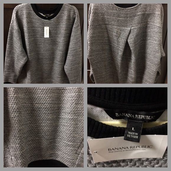 Banana Republic Sweater Crew neck Banana Republic sweater♦️Made in Vietnam♦️Body is 66% Polyester/32% cotton/2% Spandex/Elastin and Trim is 100% cotton♦️Size is Large (Regular)♦️In a smoke free home♦️very flattering with side pockets♦️very nice to be paired with leggings. Banana Republic Sweaters Crew & Scoop Necks