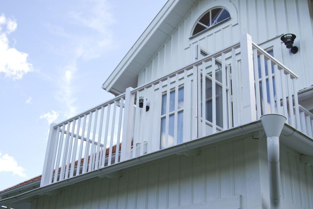 balkongräcke | Hus och fasader | Pinterest | Balkong, Hus och Fasader