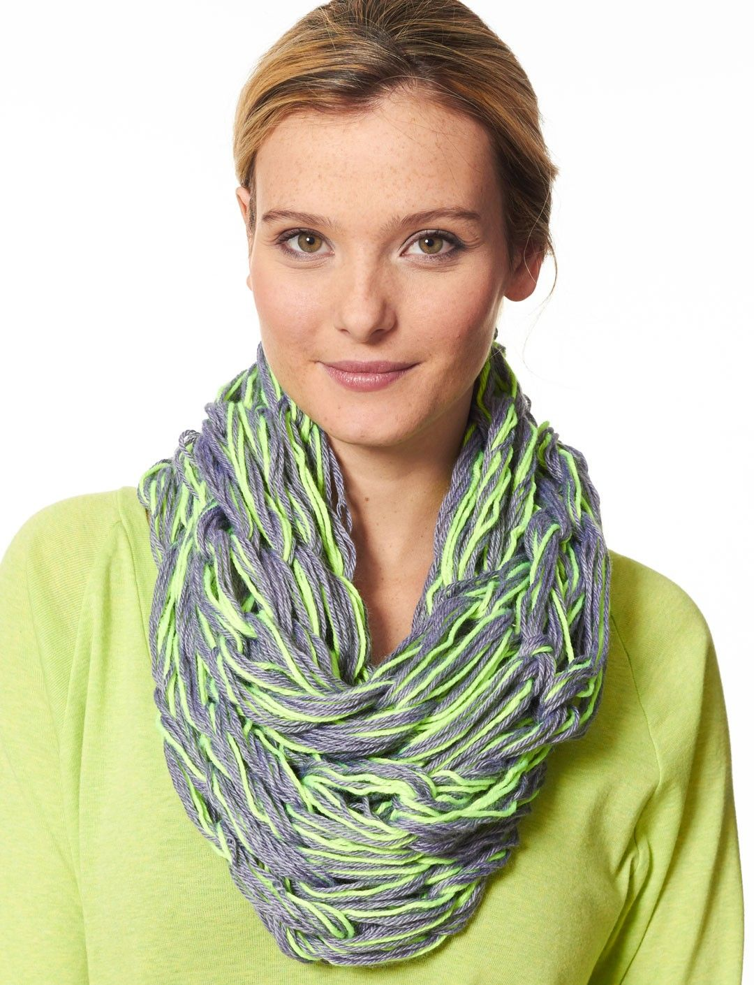 Arm knit cowl yarnspirations pinterest arm knitting knit arm knit cowl bankloansurffo Images